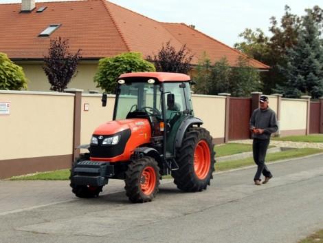 Egyedülálló traktor-távirányítás