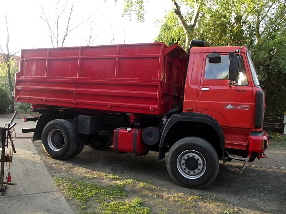 teherautó