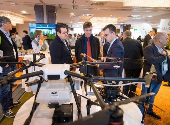 Kockás füzettől a robottraktorokig – közeledik a PREGA Konferencia