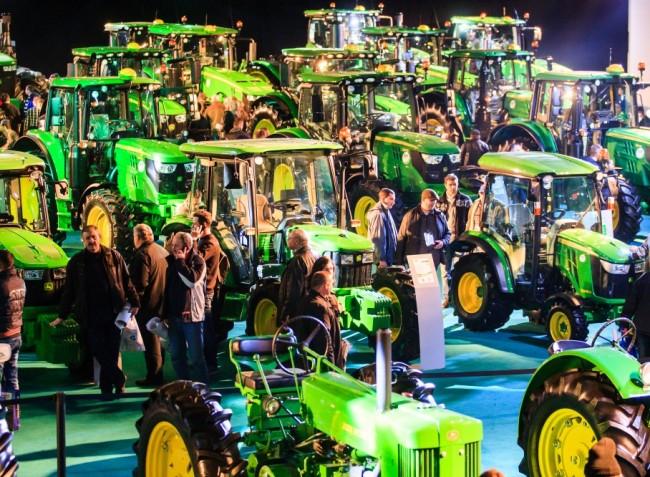 Utazz féláron az AGROmashEXPO és AgrárgépShow-ra!