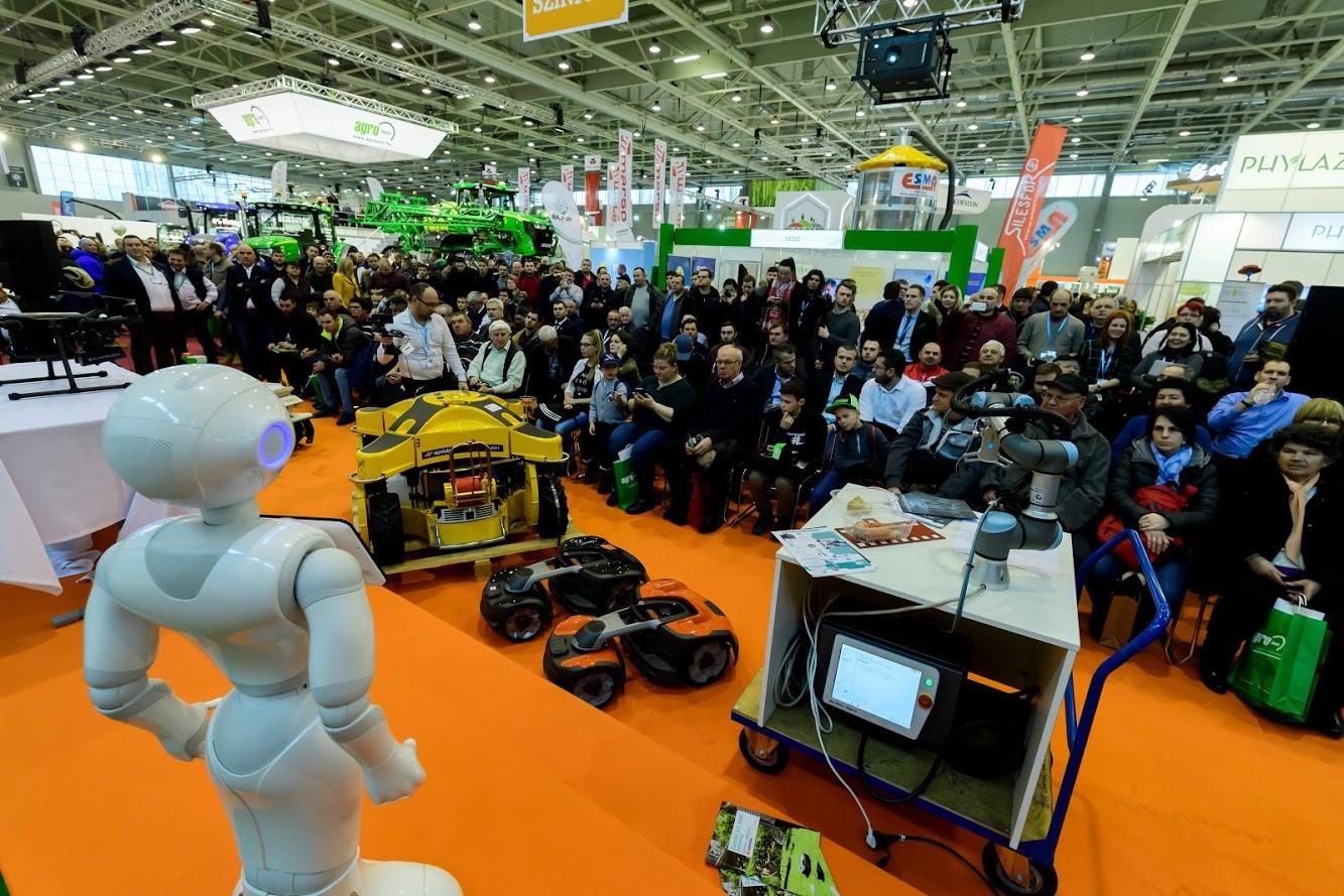 Agrobot Show
