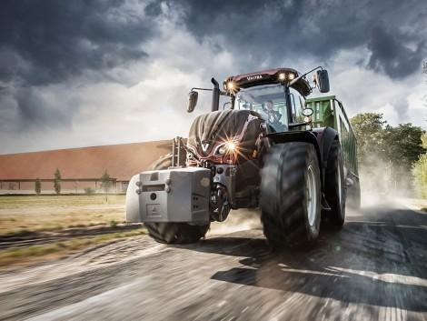 Megújult Valtra traktorok V. szintű emissziós besorolású motorokkal
