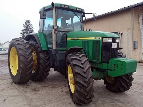A régi 7000-es John Deere traktorok a megbízhatóság megtestesítői