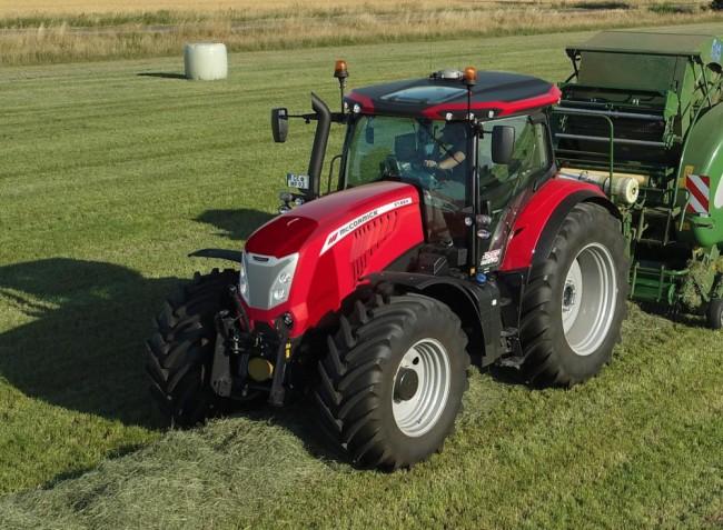Vadonatúj vörös traktorok – a McCormick bemutatja frissített  X7.6 traktorszériáját