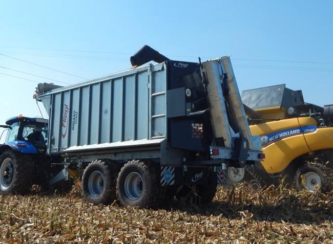 Újdonságok, traktorok, logisztika, öntözés