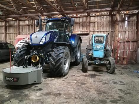 Férfias játékok okos traktorokkal – VIDEÓ!