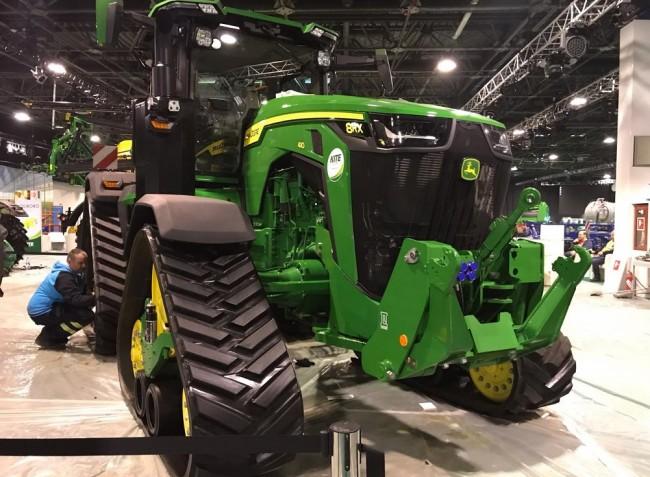 Kötelező standok, új traktorok, önjáró gépek! – AGROmashEXPO 2020
