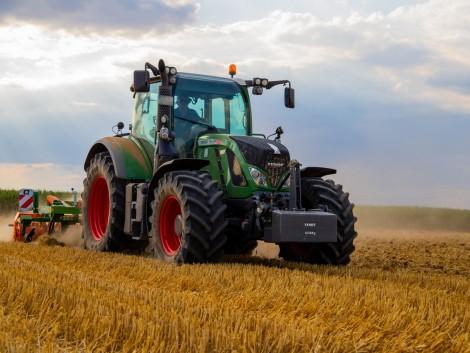 Lassan, de biztosan nőtt a traktorpiac Magyarországon
