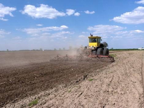 A termelők jövedelemkiesésének kompenzálására hozna létre alapot a szaktárca