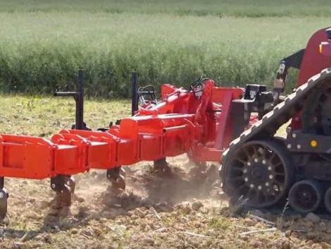 Különleges talajlazítók, amiket más munkagépekkel kombinációban is használhatunk – VIDEÓ