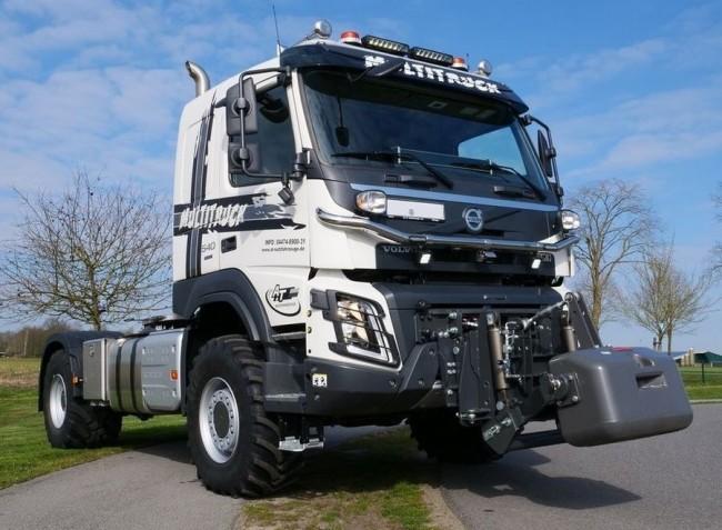 Volvo teherautó, mezőgazdasági munkákra!