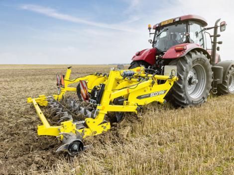 Case IH traktorok és Bednar munkagépek: teljesítményre tervezett gépkapcsolat