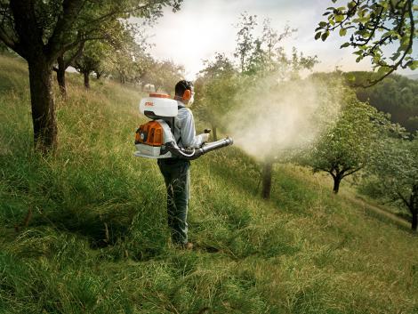 Ilyen gépekkel öröm a kertben dolgozni