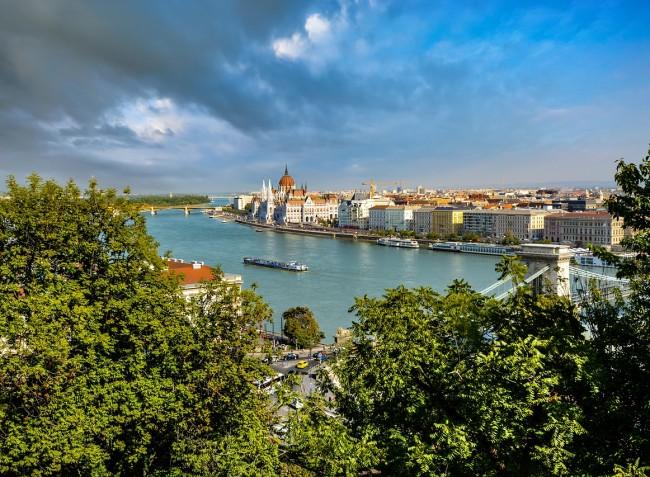 Folyamatosan csökken a Duna vízszintje, további apadás várható