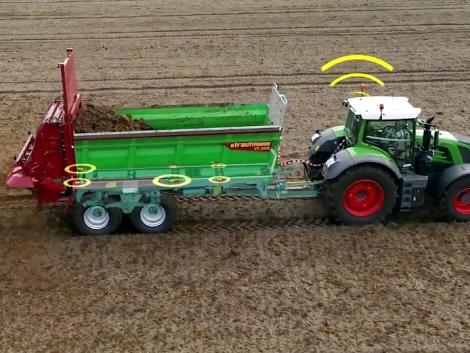 Új ISOBUS vezérlők a Strautmann univerzális szervestrágyaszórókhoz a precíziós gazdálkodásért!