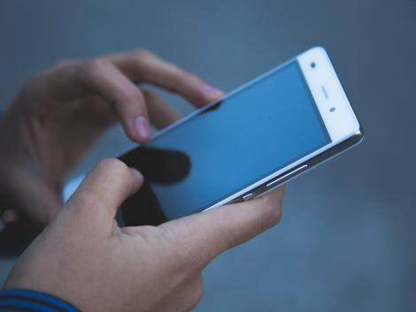Telefonos csalók élnek vissza a Nébih nevével – ne adjuk meg adatainkat!
