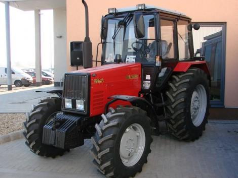 Piaci helyzetkép, gépújdonságok és univerzális traktorok összecsapása