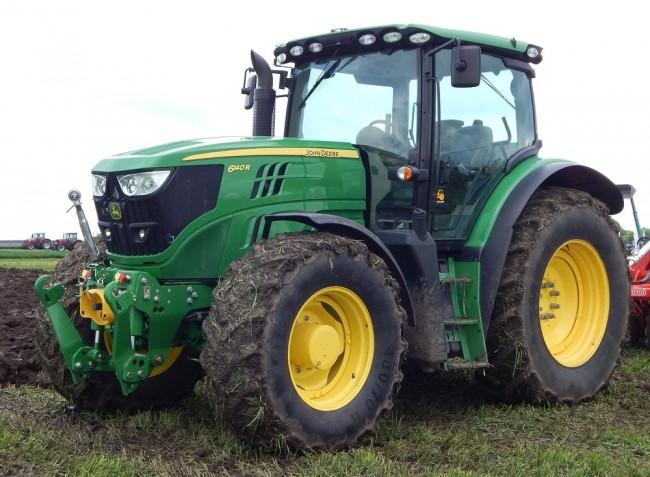 Megugrott az új traktorok száma a hazai földeken