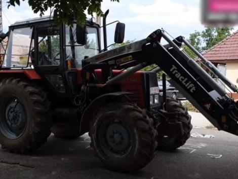 Tragikus baleset Tiszakanyáron: traktor gázolt halálra egy fiatal lányt