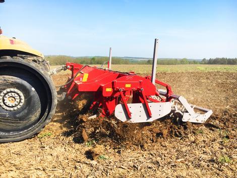Hogyan érjük el talajlazítással az ideális talajszerkezetet?