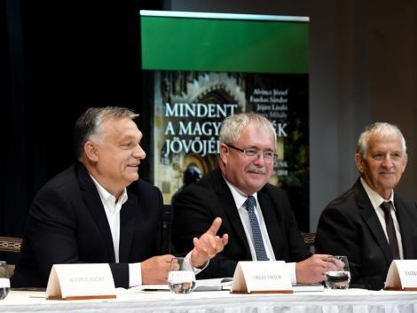 Orbán Viktor: hamarosan egy magyar faluban ugyanolyan életet lehet élni, mint a fővárosban