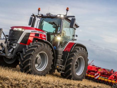 Bemutatkozik a vadiúj Massey Ferguson 8S traktor! – teljesen új korszak kezdődik