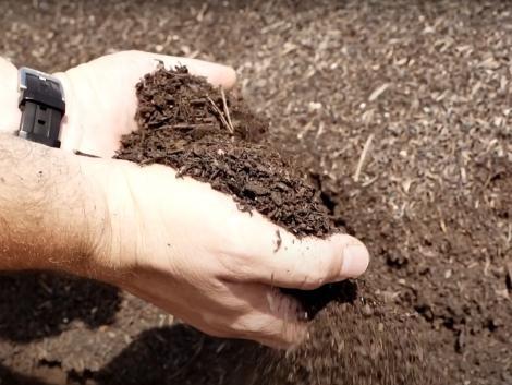 Gyors, szagmentes és költséghatékony komposztálás magyar fejlesztésű technológiával!– VIDEÓ