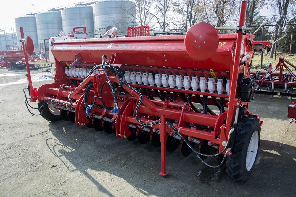 A Demeter Heavy vetőgép