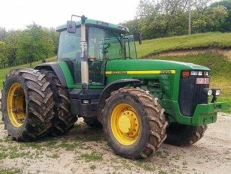 Traktorok a 90-es évekből