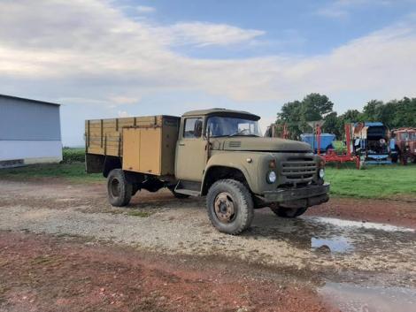 Teherautók nehéz terepre az Agroinform Piactérről