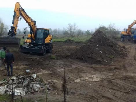 Elképesztő teljesítmény: 3500 köbméter hulladékot szedtek össze védett területekről