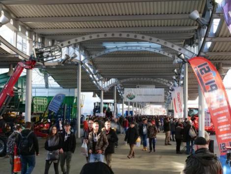 Online lesz megtartva a 2021-es AGROmashEXPO