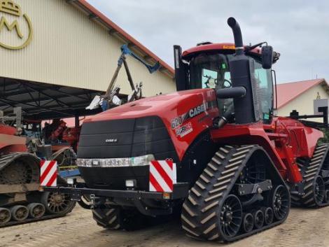 Egy nagy teljesítményű CASE IH Quadtrac traktorral gazdagodott a mezőhegyesi ménesbirtok