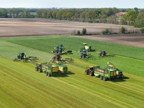 Krone: Érdekes tények a haszonjármű-üzletágról és a mezőgazdasági gépszektorról