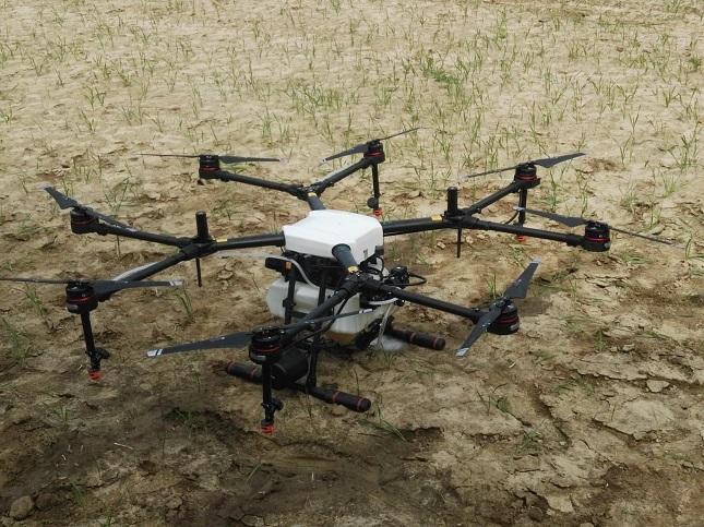 permetezés mezőgazdasági drónnal