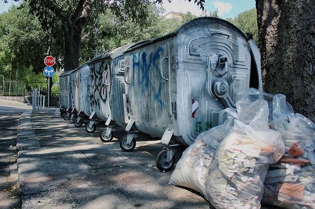 A hulladékgazdálkodási törvény egyik rendelkezése sérti a tulajdonhoz való jogot.