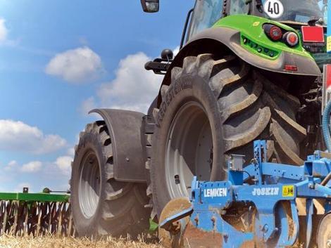 A mezőgazdasági gépekre nem akármilyen gumiabroncsra van szükséged!