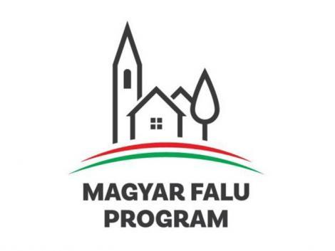 Hétfő tíz órától elérhetők  a Magyar falu program első pályázati kiírásai!