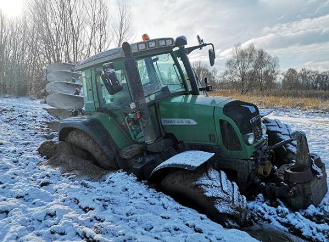 Munkáltatók és mezőgazdaságban dolgozók, figyelem! Ezért TILOS alkoholt fogyasztani a hidegben!
