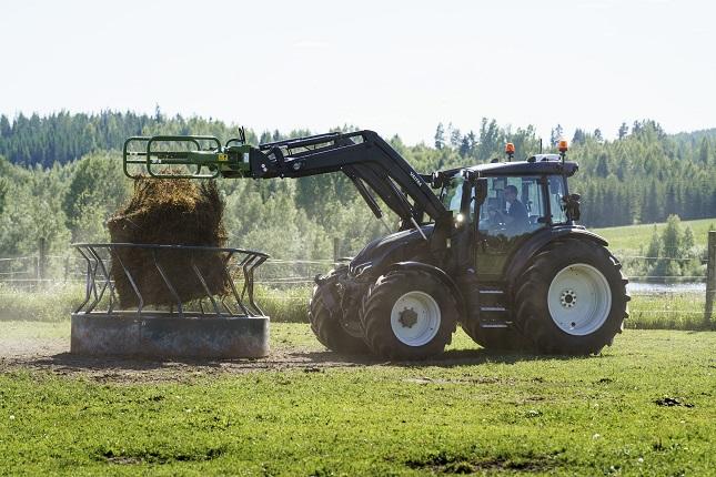 tökéletes traktor homlokrakodós munkákhoz