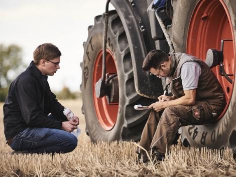 Megnövekedett hatékonyság – CEMOS traktorokhoz: a DLG által is elismert műszaki megoldás