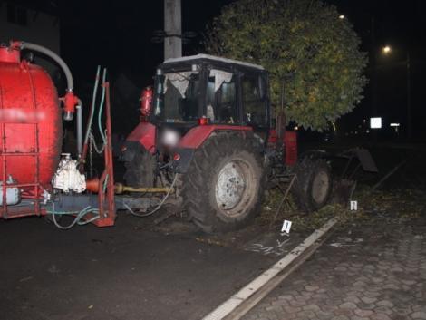 Lopott traktorral, részegen rendezte át a tájat