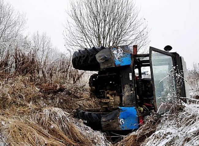 Átéltél már közúti balesetet mezőgazdasági géppel? Oszd meg velünk, mit tapasztaltál!