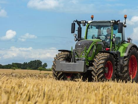 Az MTZ váltótól a Fendt Vario váltóig – hatalmas fejlődés az agráriumban