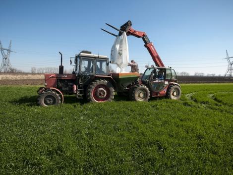 Boltzár: mi lesz a mezőgazdasági üzletekkel?