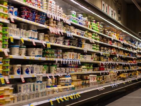Egyre kevesebb a magyar élelmiszer a kiskereskedelmi láncok kínálatában