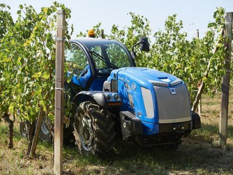 Kertészeti, állattartó telepi és kommunális traktorok az Odisys-től – VIDEÓ