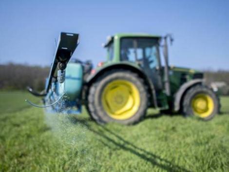 Hallasd Te is a hangod! Mondd el a véleményed a növényvédő szerek szabályozásáról