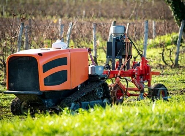 Hamarosan hazaviheted! – Itt rátalálhatsz a Te első saját agrár-robotodra! – Videók