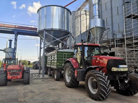 Családi összefogás: egy sikeres, magyar gabonafelvásárló vállalat